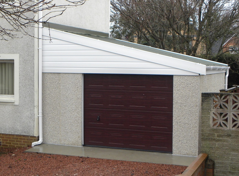 Attached Garage with Insulated Roof
