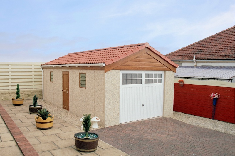 Classic Tiled Roof Single Garage 01