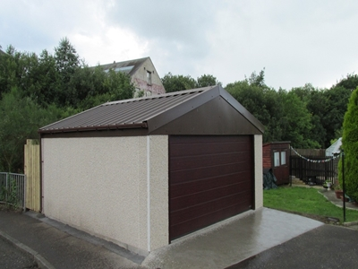 Derby Spar Walls, Van Dyke Brown Plastisol Roof and Rosewood Door