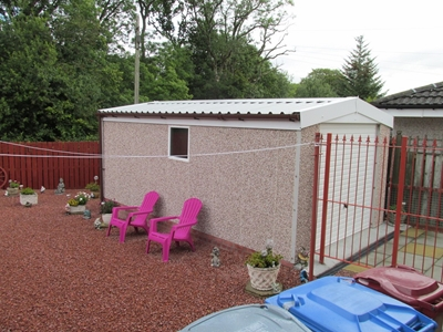 Pink Durite Walls Goosewing Grey Plastosol Roof White Doors