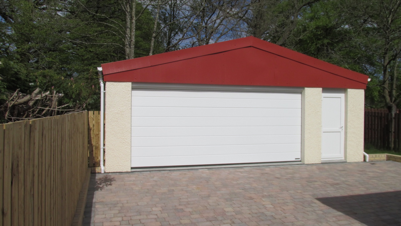 Two and Half Car Garage Bishopbriggs